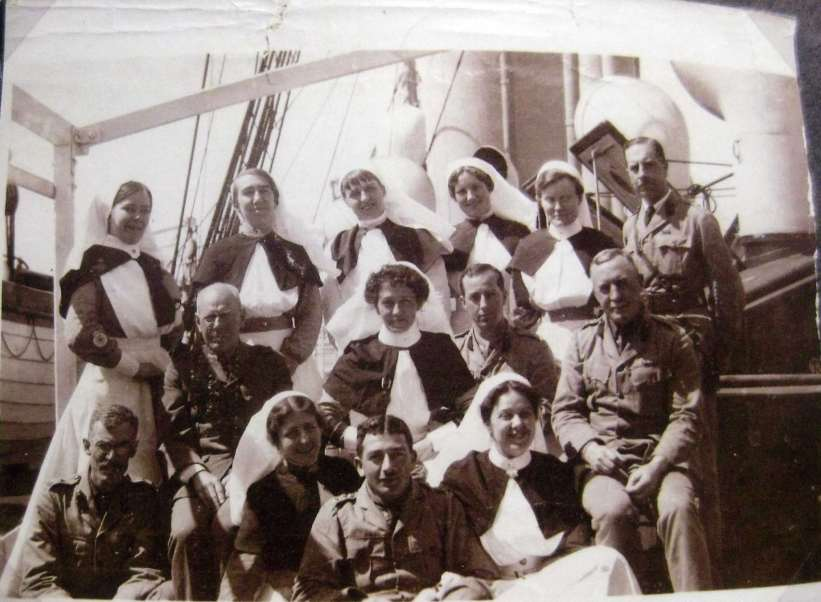ON BOARD HOSPITAL SHIP GASCON STAFF NURSES & DOCTORS & SURGEONS . 24TH APRIL 1915 LEMNOS HARBOR.