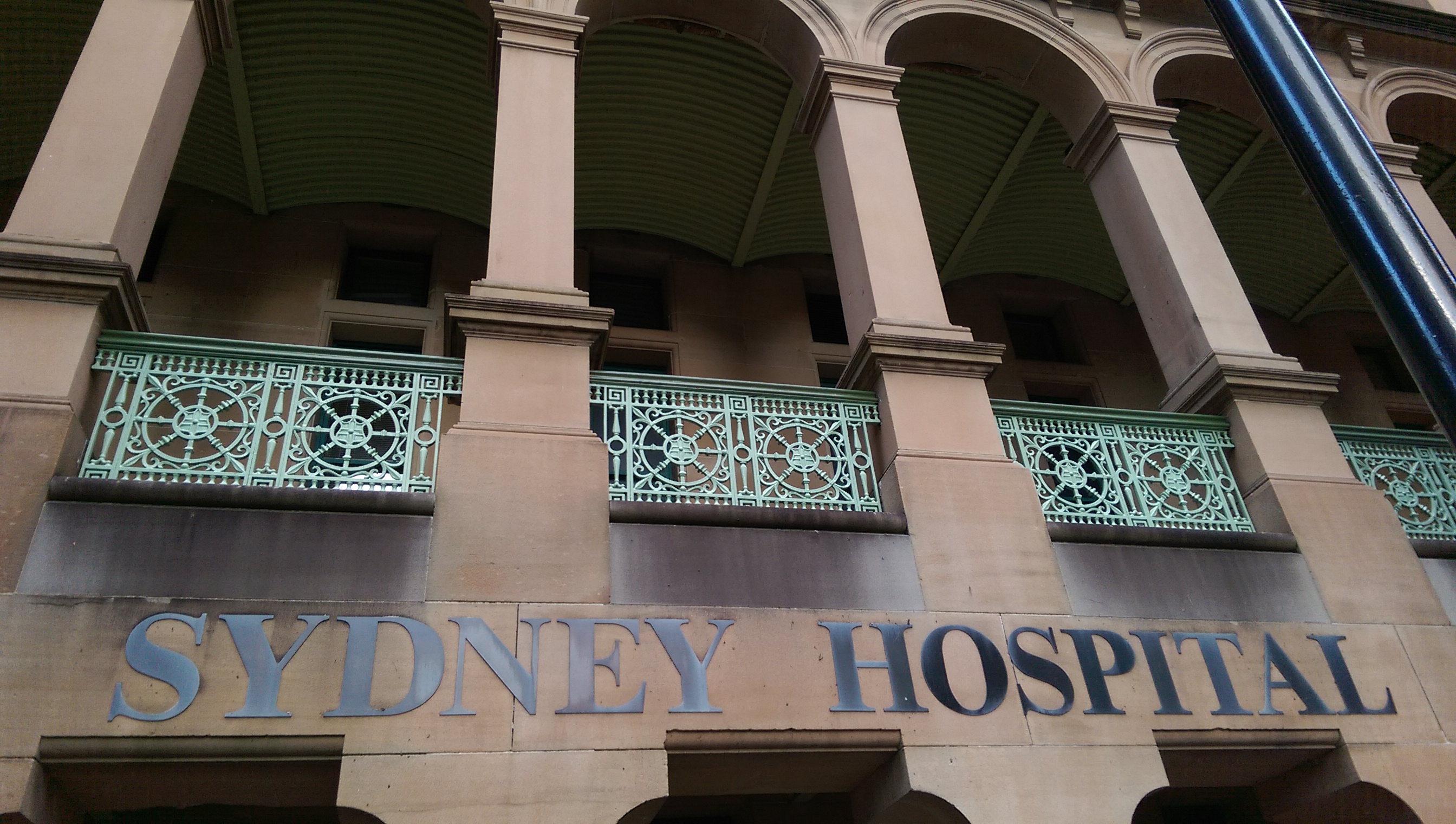 SYDNEY HOSPITAL , CLEMENTINA STARTED TRAINEE SHIP NURSING IN 1903 AGED 24