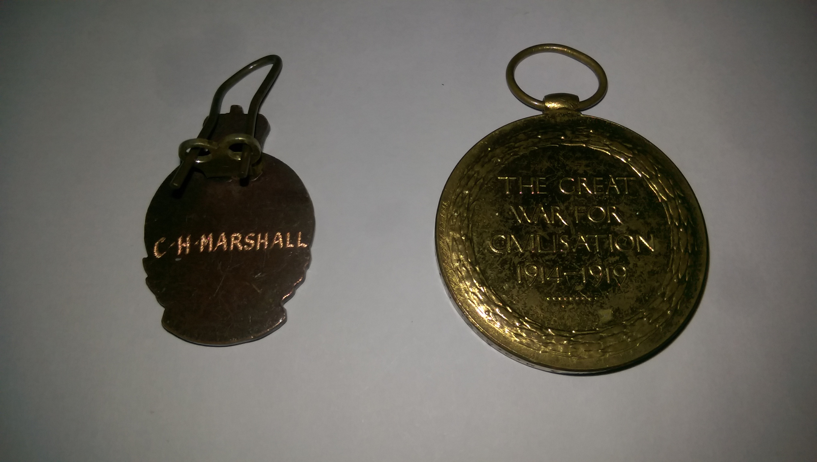 CLOSE UP OF BACK OF GALLIPOLI &WW1 ANGLE MEDALS PRESENTED TO CLEMENTINA MARSHALL