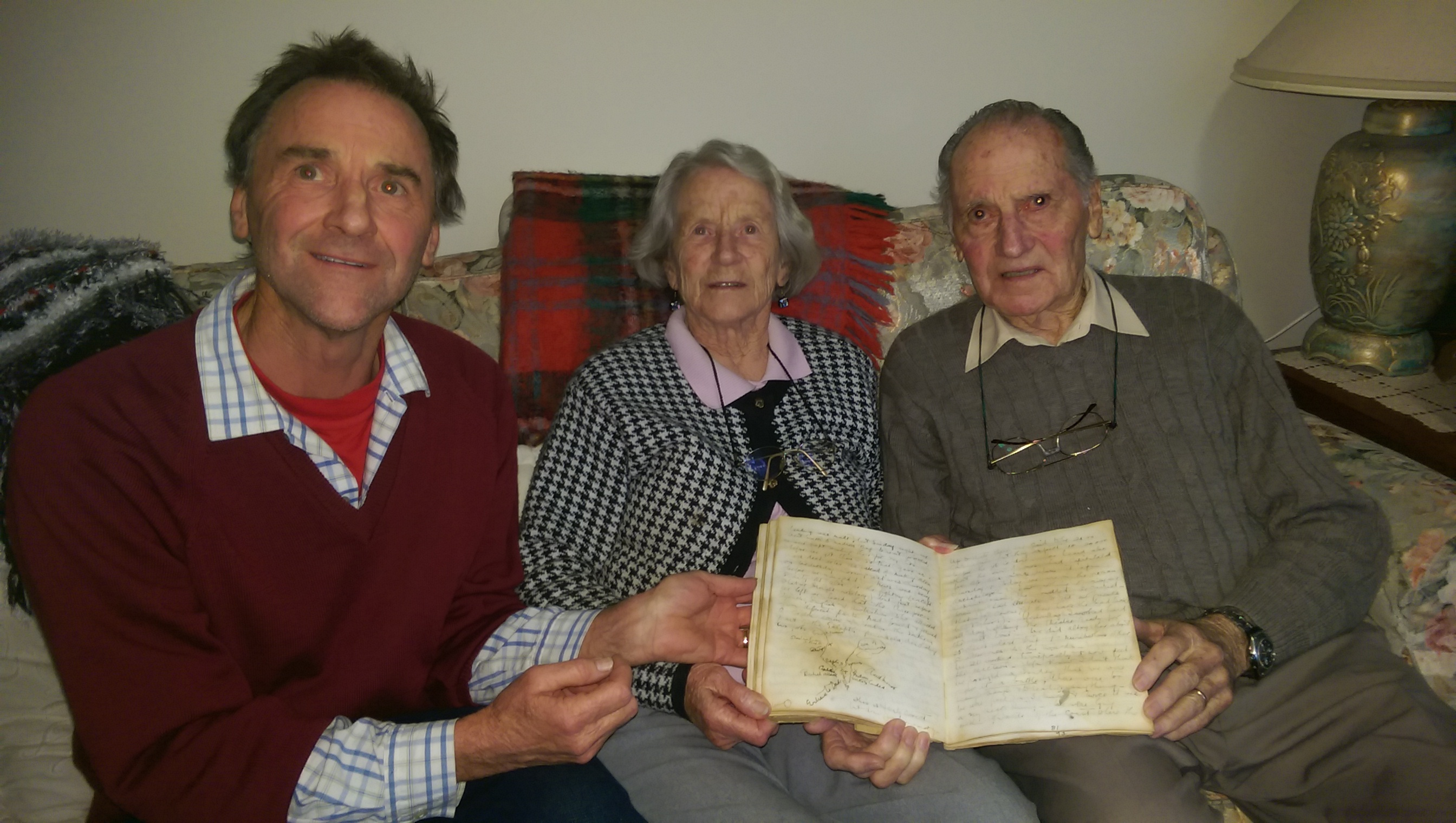DONALD & MAVIS & MAX MARSHALL WITH CLEMENTINA MARSHALL ANZAC DAY 25TH APRIL 1915 DIARY
