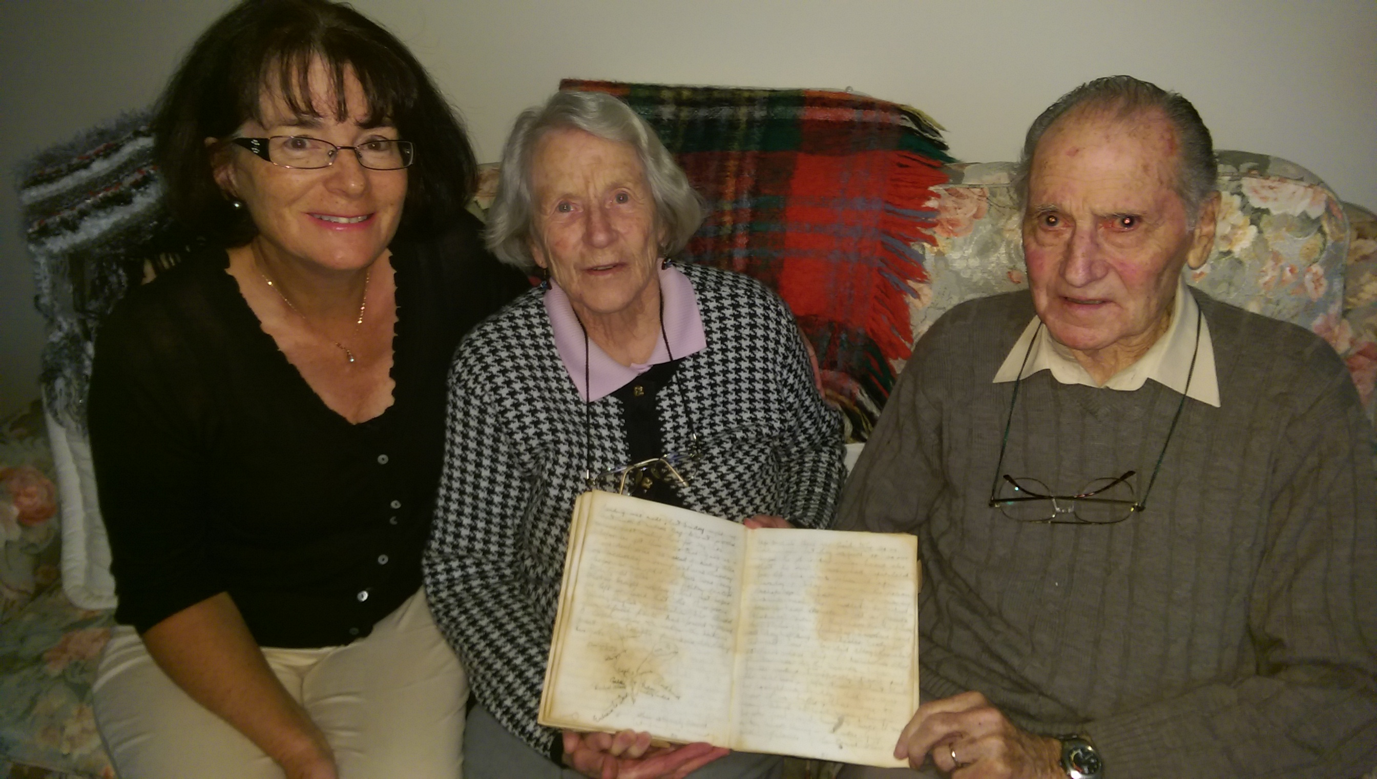 BRENDA ELZARKA & MAVIS & MAX MARSHALL WITH CLEMENTINA MARSHALL ANZAC DAY 25TH APRIL 1915 DIARY